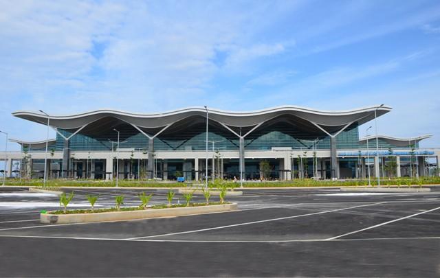 Cận cảnh Nhà ga quốc tế Cam Ranh thông minh và tân tiến nhất Việt Nam trị giá gần 4.000 tỷ đồng - Ảnh 1.