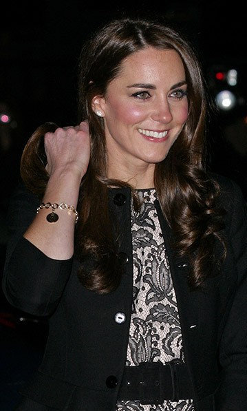 Từ khi làm dâu hoàng gia, Công nương Kate cũng được ưu ái khi nhận những món quà giá trị này - Ảnh 5.
