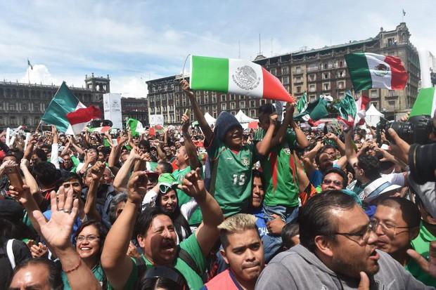 Chuyện lạ World Cup: Động đất xảy ra ở Mexico chỉ vì fan nhảy lên ăn mừng bàn vào lưới tuyển Đức - Ảnh 1.
