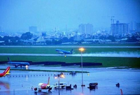 Sân bay Tân Sơn Nhất vẫn đứng trước nguy cơ ngập nước  - Ảnh 3.