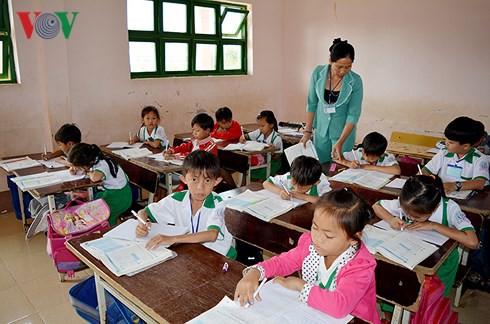 Cà Mau dư hơn 1.000 giáo viên - Ảnh 1.