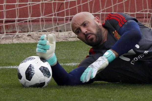 Hé lộ bùa phép cầu may của Messi và Ronaldo ở World Cup 2018 - Ảnh 2.