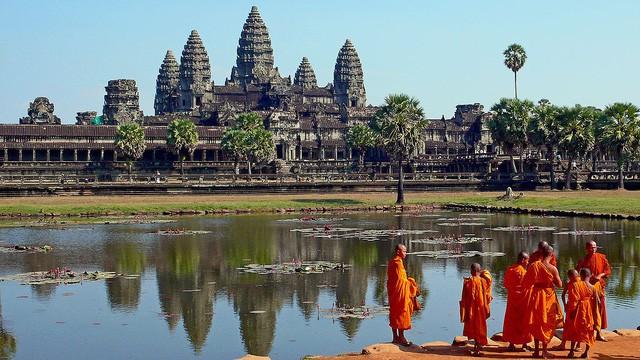 """[Case Study] """"Campuchia – Vương quốc nhiệm màu"""": Nơi làm du khách """"yêu say đắm"""" nhưng cũng nhanh chóng """"bóp nát"""" trái tim họ - Ảnh 1."""