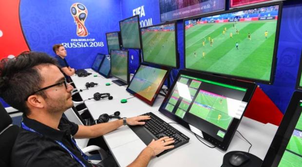 Đây chính là đầu não của World Cup 2018, nơi hình ảnh các trận đấu được chuyển đi toàn thế giới - Ảnh 3.