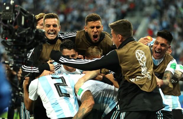 50 sắc thái của Lionel Messi trong trận thắng kịch tính Nigeria - Ảnh 13.