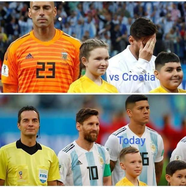Thêm bức ảnh cho thấy khả năng tiên tri của Messi: Cười rất tươi khi đứng cạnh Rojo và trọng tài - Ảnh 1.
