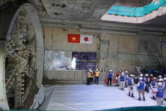 Đường hầm thứ 2 của tuyến metro số 1 đã đi vào hoạt động - Ảnh 2.