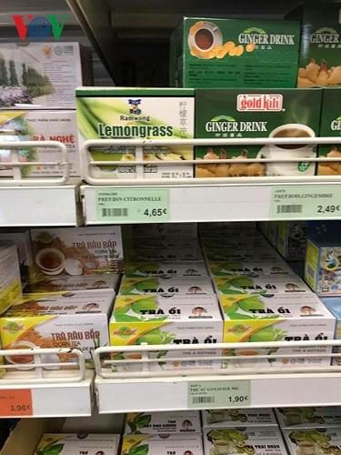 """Hàng Việt """"xuất ngoại"""" giá cao gấp 3-4 lần vẫn đắt hàng - Ảnh 6."""