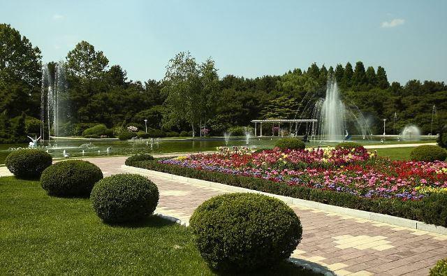 Hình ảnh chưa từng công bố về dinh thự của nhà lãnh đạo Triều Tiên Kim Jong-un - Ảnh 1.