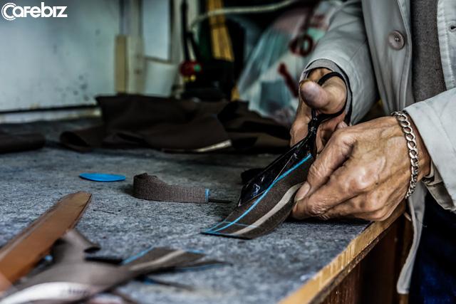 [Sống đẹp] 4 nguyên tắc vàng của người thợ may già ĐÚNG với TẤT CẢ những người đang lao vào cuộc chiến kinh doanh và hừng hực tham vọng thành công - Ảnh 2.