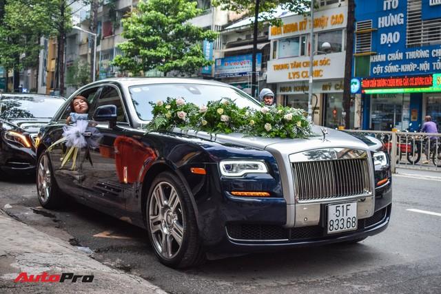 """""""Ma trận"""" siêu xe và xe siêu sang trong đám cưới tại Sài Gòn: Hoa mắt không biết đâu mới là xe dâu - Ảnh 8."""