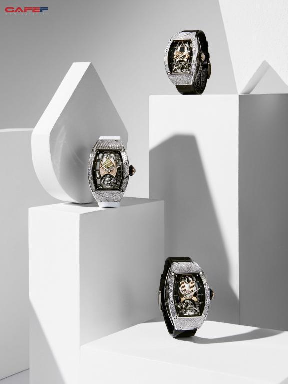 Mẫu đồng hồ tourbillion mới của Richard Mille: Có giá hàng trăm nghìn đô, sản xuất giới hạn và dành riêng cho phái đẹp!  - Ảnh 4.