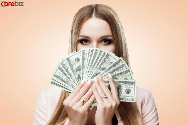 Tiền trong túi phụ nữ mới là thứ tồn tại duy nhất, mọi thứ khác (kể cả đàn ông), có hay không, không quan trọng! - Ảnh 1.