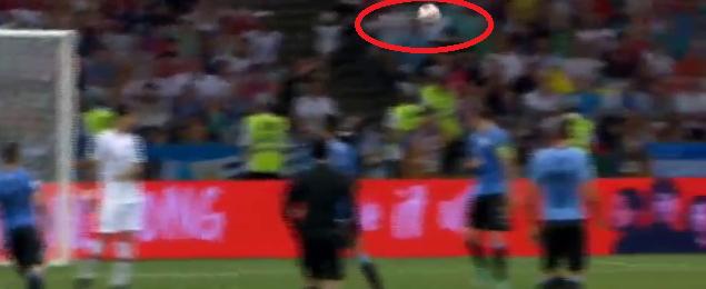 World Cup 2018: Cú đá gôn to gấp đôi cũng không vào và 90 phút vô hại của Ronaldo - Ảnh 4.