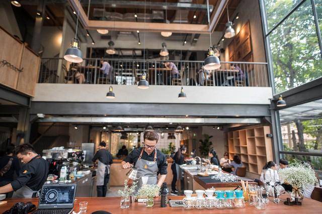 CEO The Coffee House: Quán cà phê nên là nơi khách thấy thân thuộc, chứ không phải xây một quán - 10 độ C để ghé đôi lần rồi không bao giờ trở lại! - Ảnh 4.