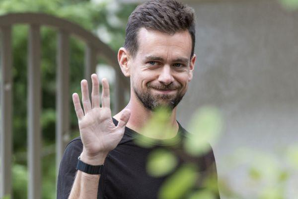 CEO của mạng xã hội Twitter: Tôi đi bộ hơn 8 km mỗi ngày để đến chỗ làm, đó là khoản đầu tư đáng giá nhất cho mọi thành công - Ảnh 2.