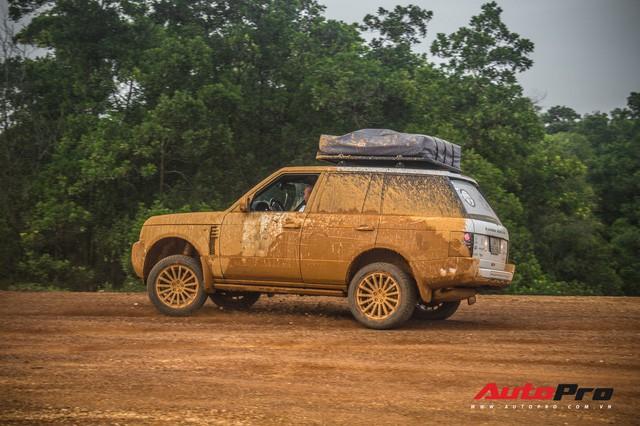 [Chùm ảnh] Đoàn Range Rover hàng chục tỷ đồng của Trung Nguyên thoả sức tắm bùn ở Đồng Mô trước khi rời Hà Nội - Ảnh 22.