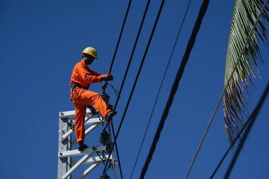 Nguy cơ phải nhập khẩu điện từ Lào, Trung Quốc - Ảnh 1.