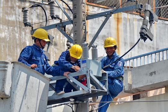 Lợi nhuận ngành điện tăng 28% nhưng nộp ngân sách giảm 7,3% - Ảnh 1.