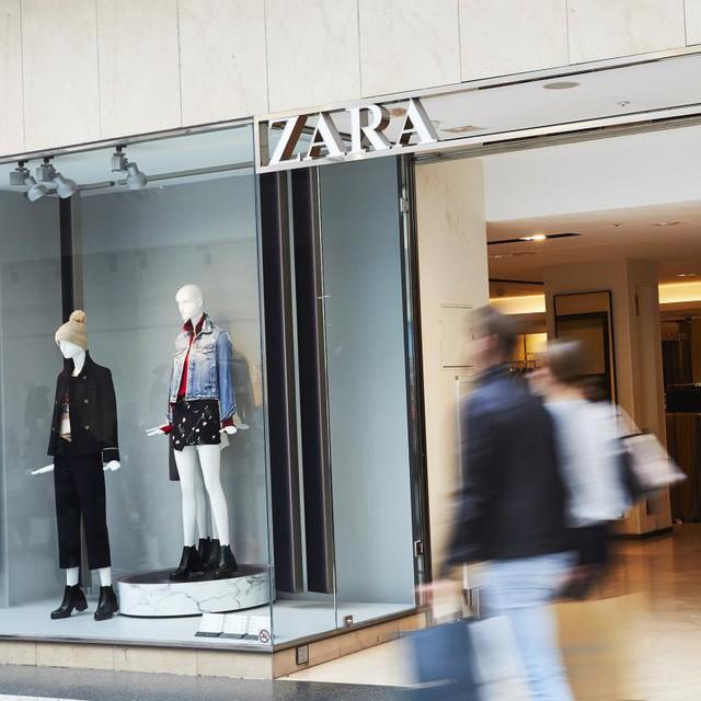 Chiến lược đặc biệt này giúp Zara tăng trưởng mạnh mẽ, khi đối thủ H&M đang chết chìm trong núi quần áo ế lên tới 4 tỷ USD - Ảnh 2.