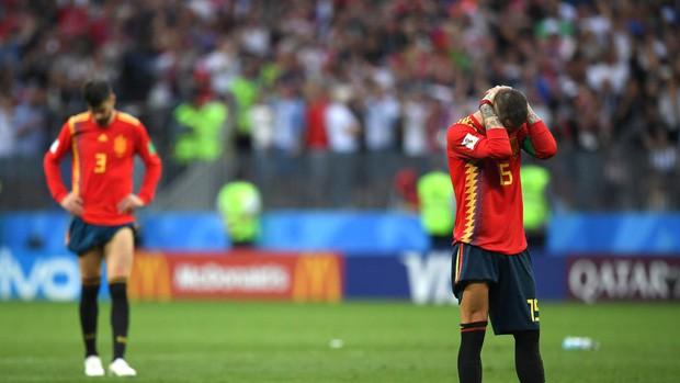 Dàn sao Tây Ban Nha sụp đổ, bật khóc tức tưởi sau khi chia tay World Cup 2018 - Ảnh 4.
