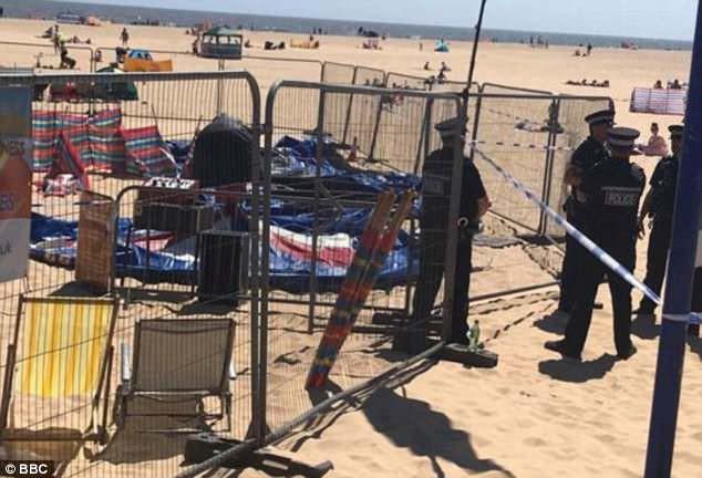 Mỹ: Nắng nóng khiến nhà phao nổ tung, một bé gái bị bắn lên cao rồi rơi xuống thiệt mạng - Ảnh 4.