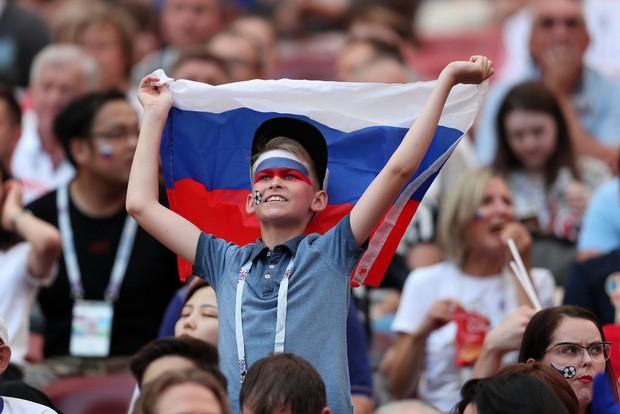 Tột cùng vui sướng, người Nga mơ về ngôi vô địch World Cup 2018 - Ảnh 8.