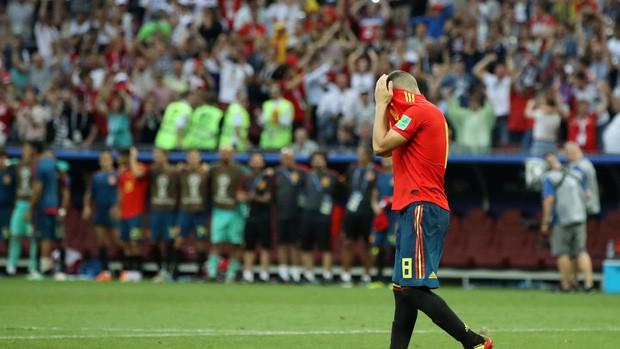 Dàn sao Tây Ban Nha sụp đổ, bật khóc tức tưởi sau khi chia tay World Cup 2018 - Ảnh 8.