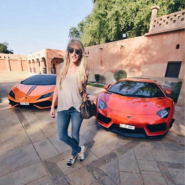 Cuộc sống của chân dài Hội nhà giàu Dubai: Xa hoa, nhiều siêu xe vây quanh nhất Dubai - Ảnh 2.
