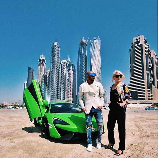 Cuộc sống của chân dài Hội nhà giàu Dubai: Xa hoa, nhiều siêu xe vây quanh nhất Dubai - Ảnh 3.