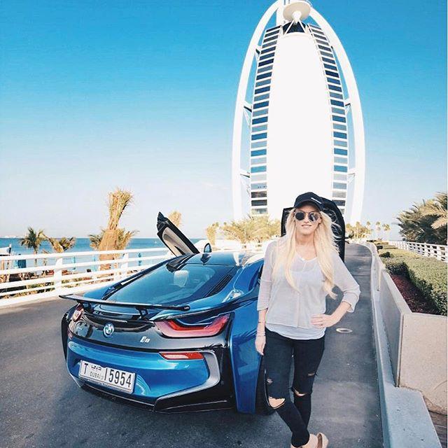 Cuộc sống của chân dài Hội nhà giàu Dubai: Xa hoa, nhiều siêu xe vây quanh nhất Dubai - Ảnh 4.