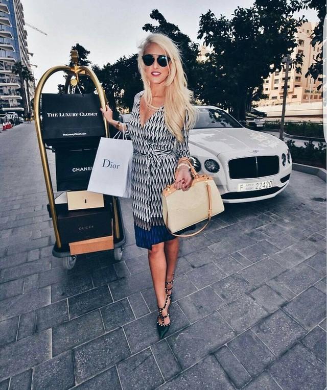 Cuộc sống của chân dài Hội nhà giàu Dubai: Xa hoa, nhiều siêu xe vây quanh nhất Dubai - Ảnh 8.