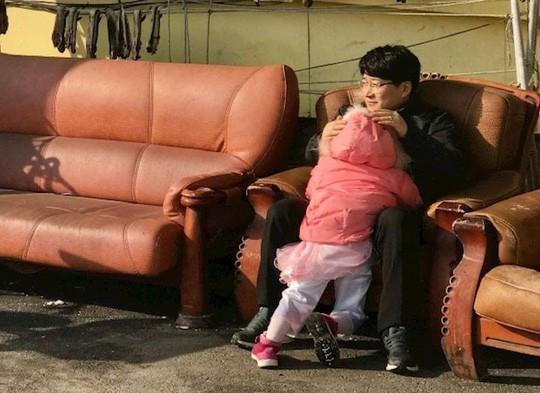Hàn Quốc cạn trẻ con - Ảnh 1.