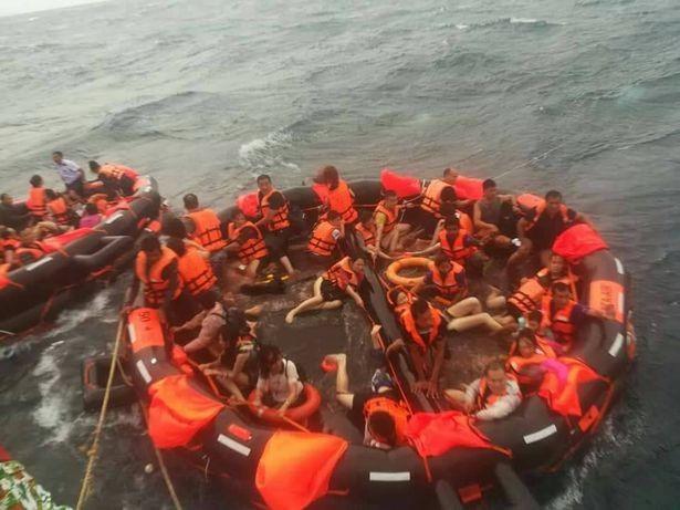 Ngày bão tố ở Thái Lan: Chìm tàu, rơi máy bay khiến hơn 100 người gặp nạn - Ảnh 1.