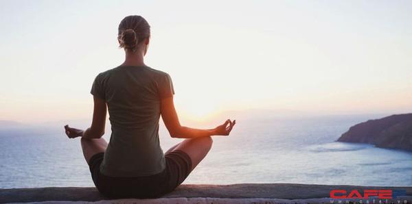 Theo chuyên gia giải phẫu thần kinh nổi tiếng: Thói quen rèn luyện tốt nhất vào buổi sáng chỉ bao gồm 3 bước đơn giản này - Ảnh 1.