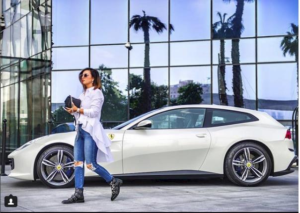 Hoa mắt với câu lạc bộ các quý cô chơi siêu xe ở Dubai: Cuộc sống quá ngắn để lái một chiếc xe nhàm chán - Ảnh 7.