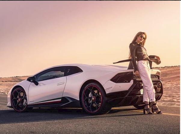 Hoa mắt với câu lạc bộ các quý cô chơi siêu xe ở Dubai: Cuộc sống quá ngắn để lái một chiếc xe nhàm chán - Ảnh 9.