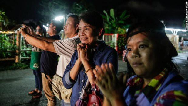 Những trở ngại trong đợt 2 giải cứu đội bóng Thái Lan kẹt trong hang - Ảnh 2.