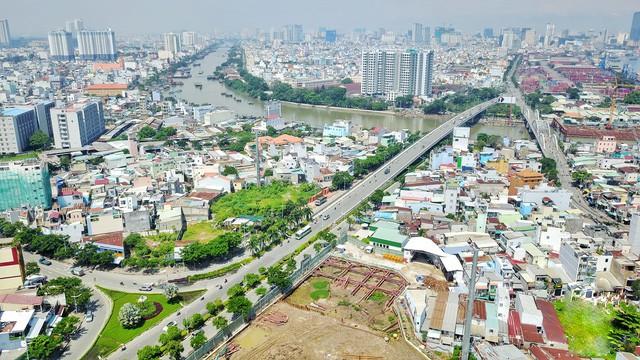 Cuộc chiến BDS đẳng cấp Nam Sài Gòn tăng nhiệt - Ảnh 2.