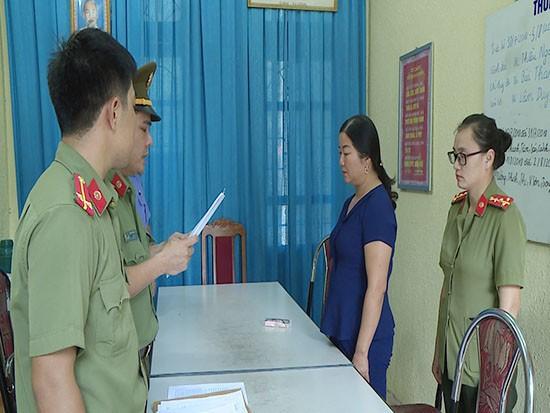 Công an khám nhà Phó Giám đốc Sở Giáo dục và Đào tạo tỉnh Sơn La - Ảnh 5.