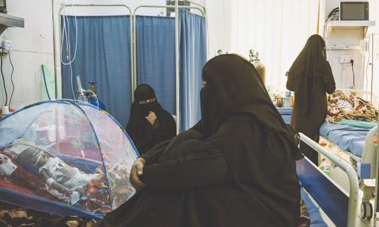 Những phận đời thảm thiết trong bệnh viện Yemen - Ảnh 1.