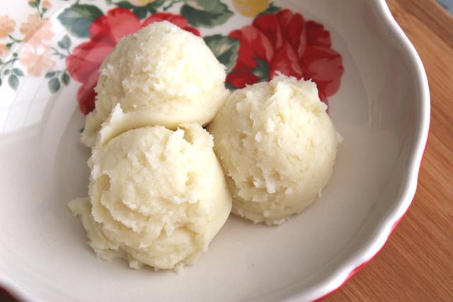 Ở Mỹ có một món nhìn giống kem, gọi bằng kem nhưng... lại không phải là kem - Ảnh 5.