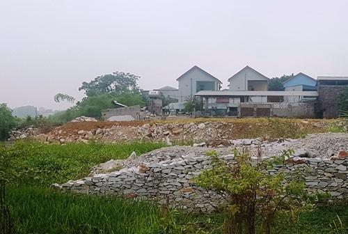 Quy hoạch bán cả đất dưới lòng sông Hoạt - Ảnh 1.