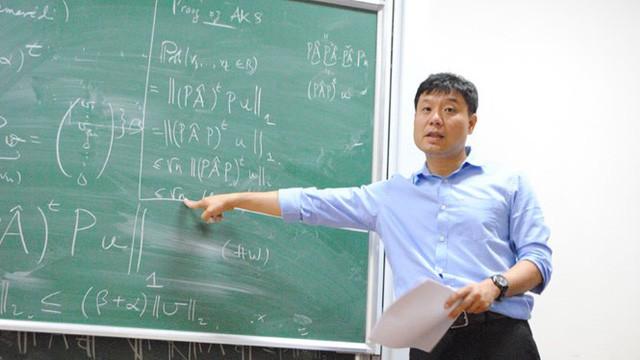 Chân dung GĐKH Viện nghiên cứu Dữ liệu lớn của Vingroup: Giáo sư ĐH Yale, có trong tay 104 công trình toán học nổi tiếng, sống 25 năm ở nước ngoài nhưng vẫn quyết giữ hộ chiếu Việt - Ảnh 1.
