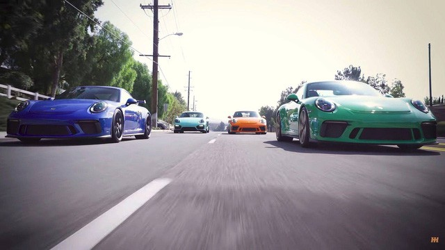 Nữ đại gia chơi trội với bộ sưu tập Porsche chất lừ đầy màu sắc - Ảnh 2.