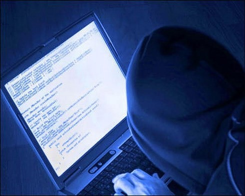 Tin tặc có xu hướng chuyển từ tấn công ATM sang thẻ tín dụng - Ảnh 1.