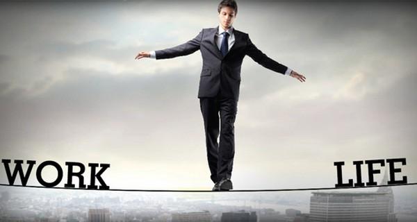 Ai ai cũng theo đuổi mục tiêu cân bằng cuộc sống, nhưng ít người biết một sự thật phũ phàng: Cuộc sống luôn thay đổi không ngừng, không bao giờ có sự cân bằng tuyệt đối, hoàn hảo - Ảnh 1.