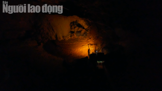 Flycam: Mỏ khai thác titan băm nát bãi biển Bình Thuận - Ảnh 9.
