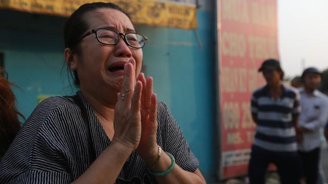 Vụ cháy ở Sài Gòn làm 13 người chết: Khởi tố trưởng ban quản lý chung cư Carina - Ảnh 1.