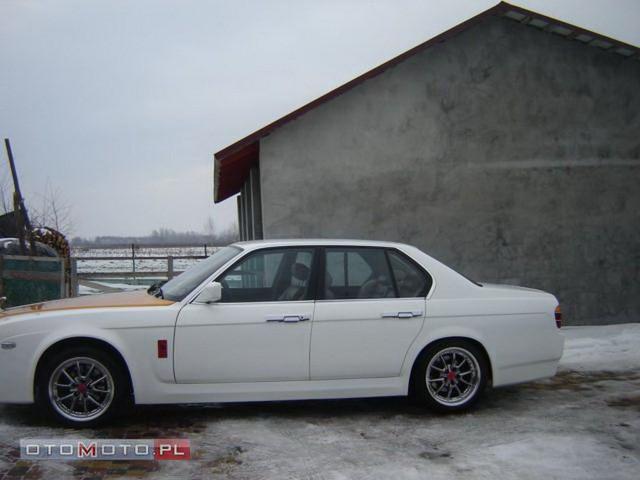 Dân chơi độ Bentley 30 năm tuổi thành... Rolls-Royce mini - Ảnh 1.